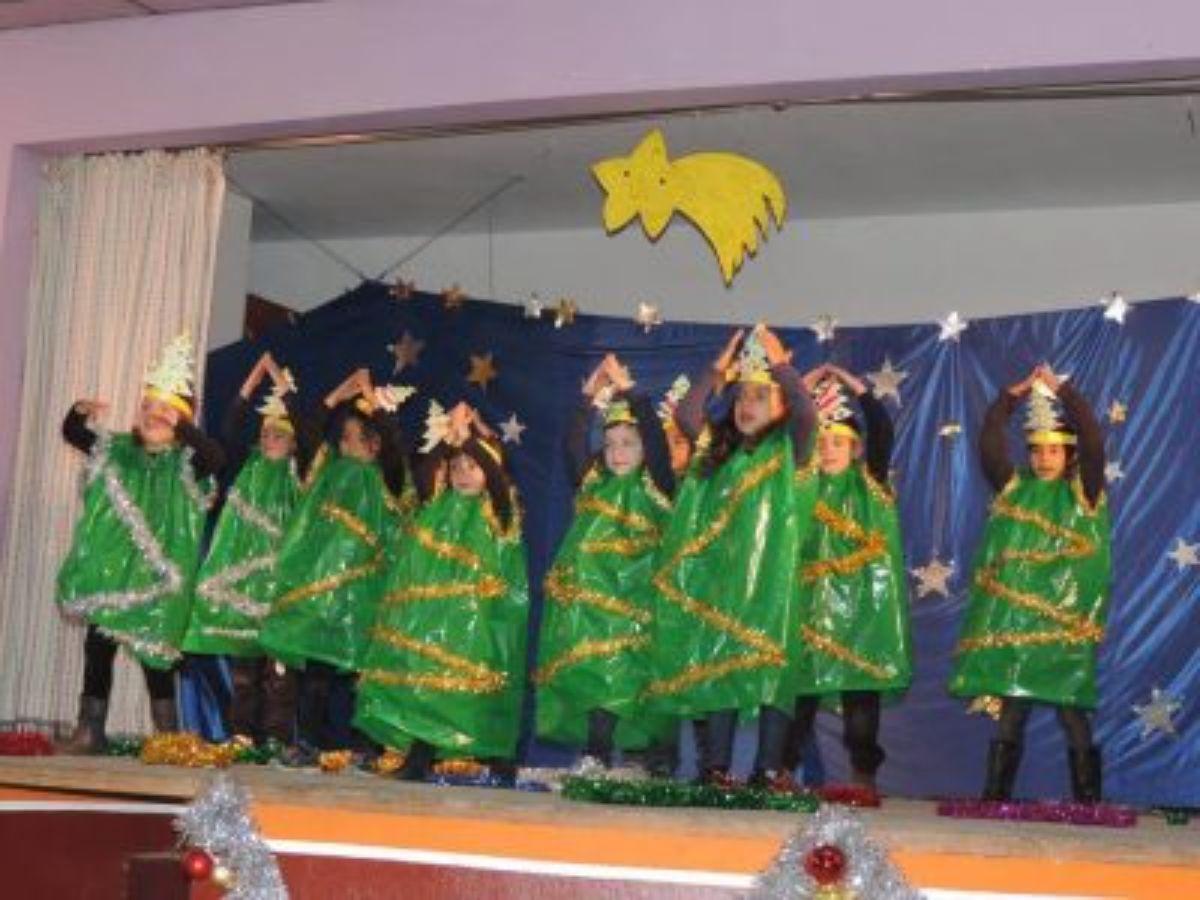 alegria-pequenos-duendes-navidenos-ginebrosa