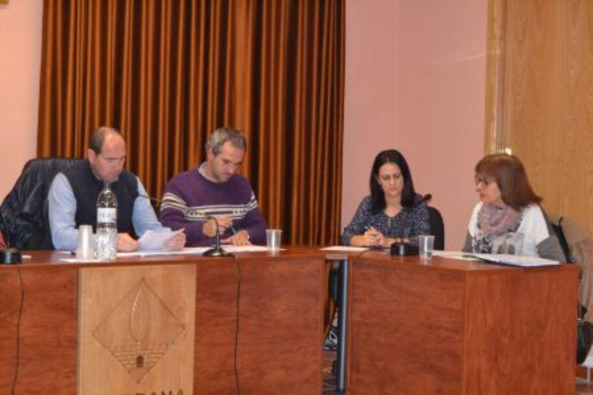 El pleno contó con las abstenciones del PSOE, además del alcalde y una concejal por vinculación personal.