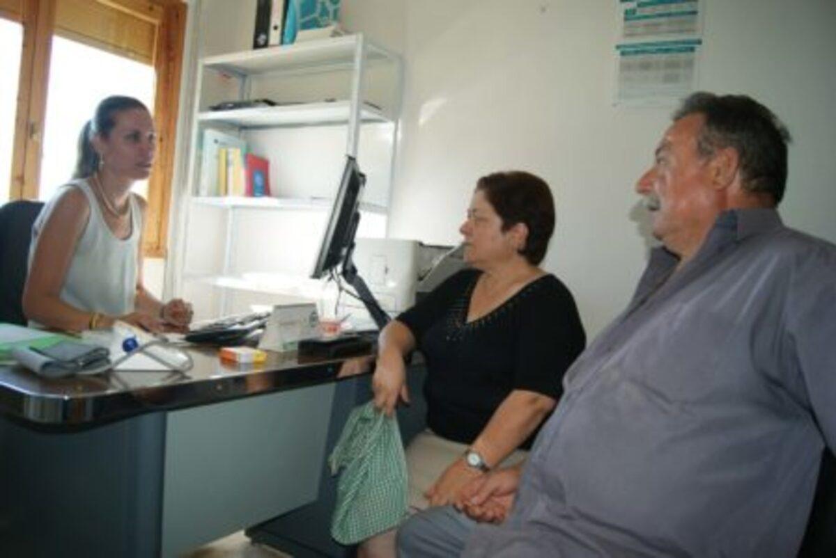 Foto de archivo de una consulta médica de la zona