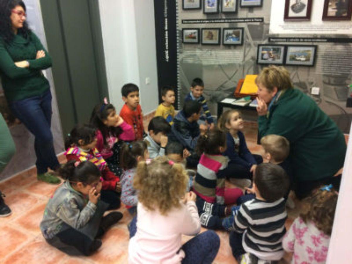 Los niños visitaron el Centro de Interpretación
