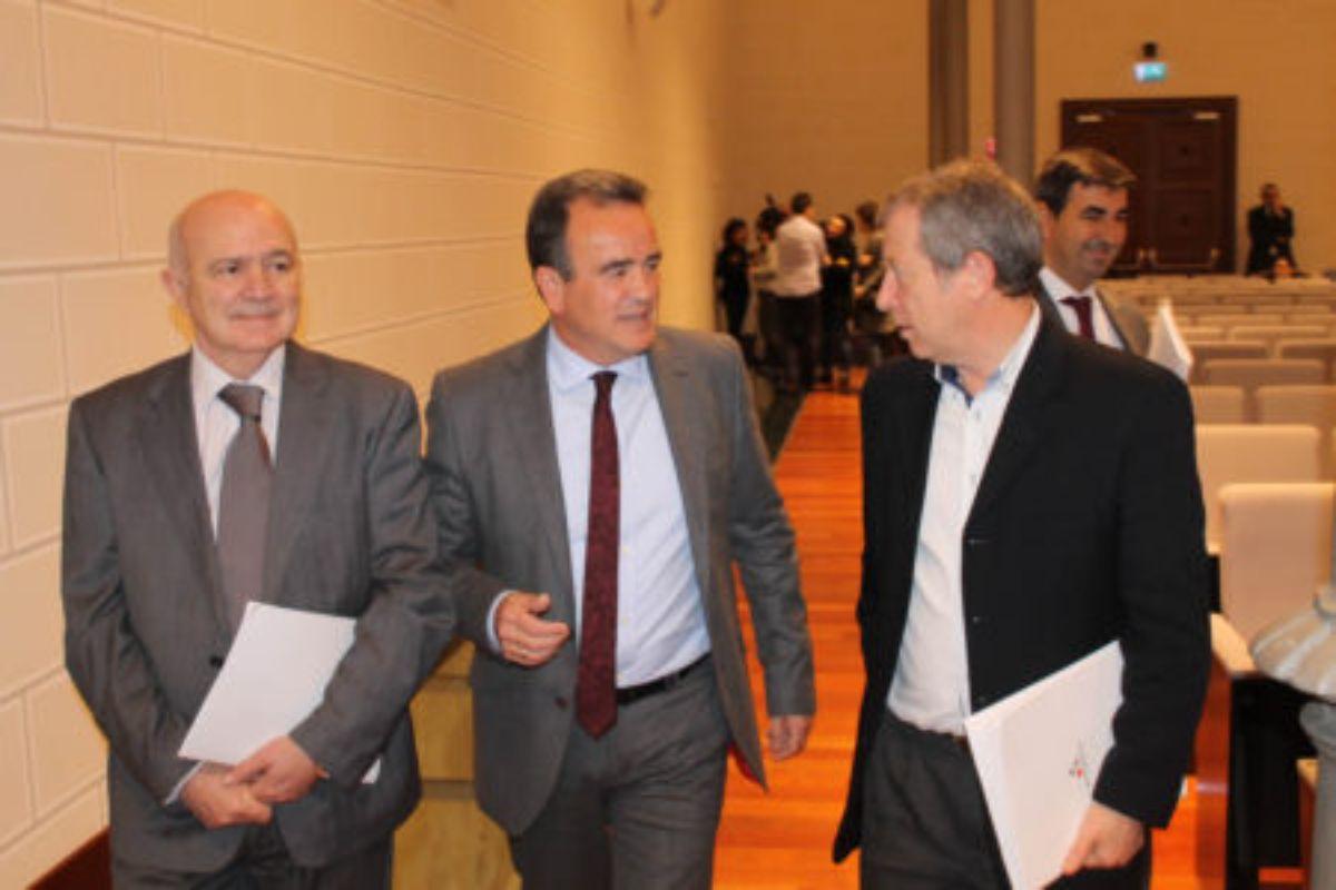 La sesión plenaria tuvo lugar el miércoles en la capital aragonesa.
