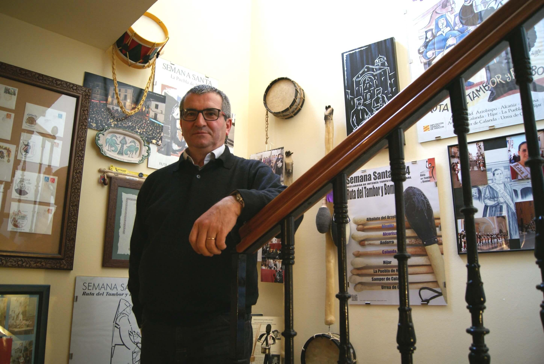Segundo Bordonaba, en una de sus entrevista a La Comarca, en su casa. /B. SEVERINO