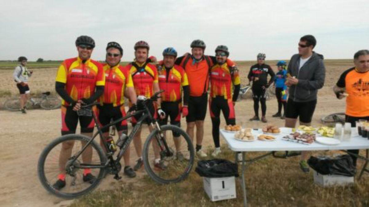 vinaceite-estrena-circuito-btt-80-ciclistas-1