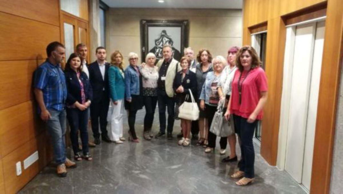 Portavoces de los grupos políticos y familiares, en 2017, en las Cortes de Aragón.