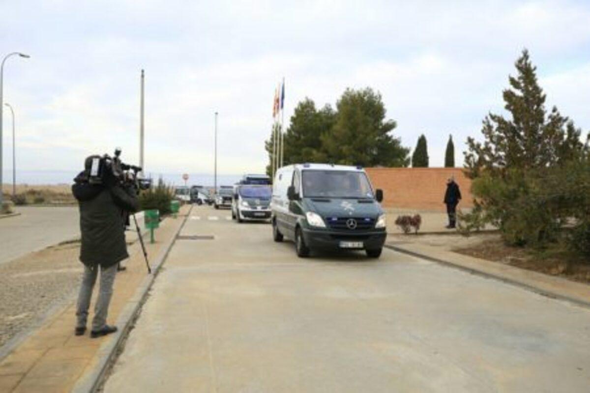Furgón que llevó a Igor El Ruso a la cárcel de Zuera en diciembre de 2017