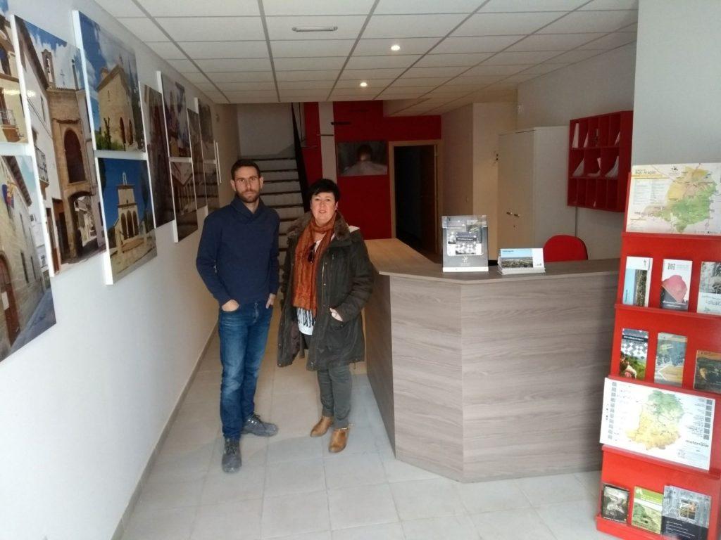 El bajo arag n abre una nueva oficina de turismo en for Oficina de turismo laguardia