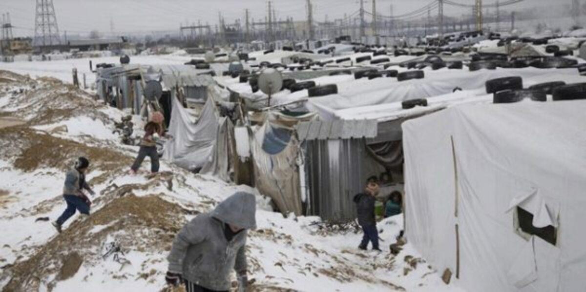 Imagen de un campo de refugiados de Grecia en invierno.