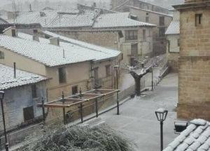 nieve en la plaza de la cerollera