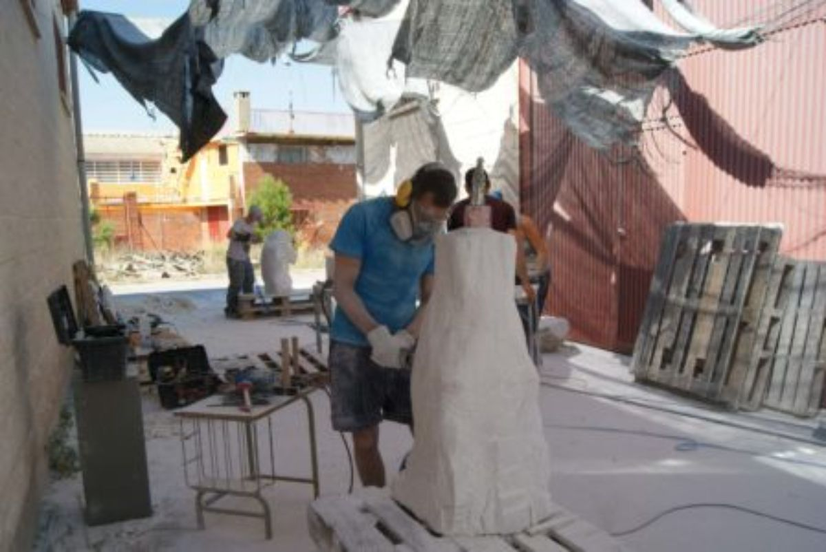 albalate-alabastro-escultura-taller