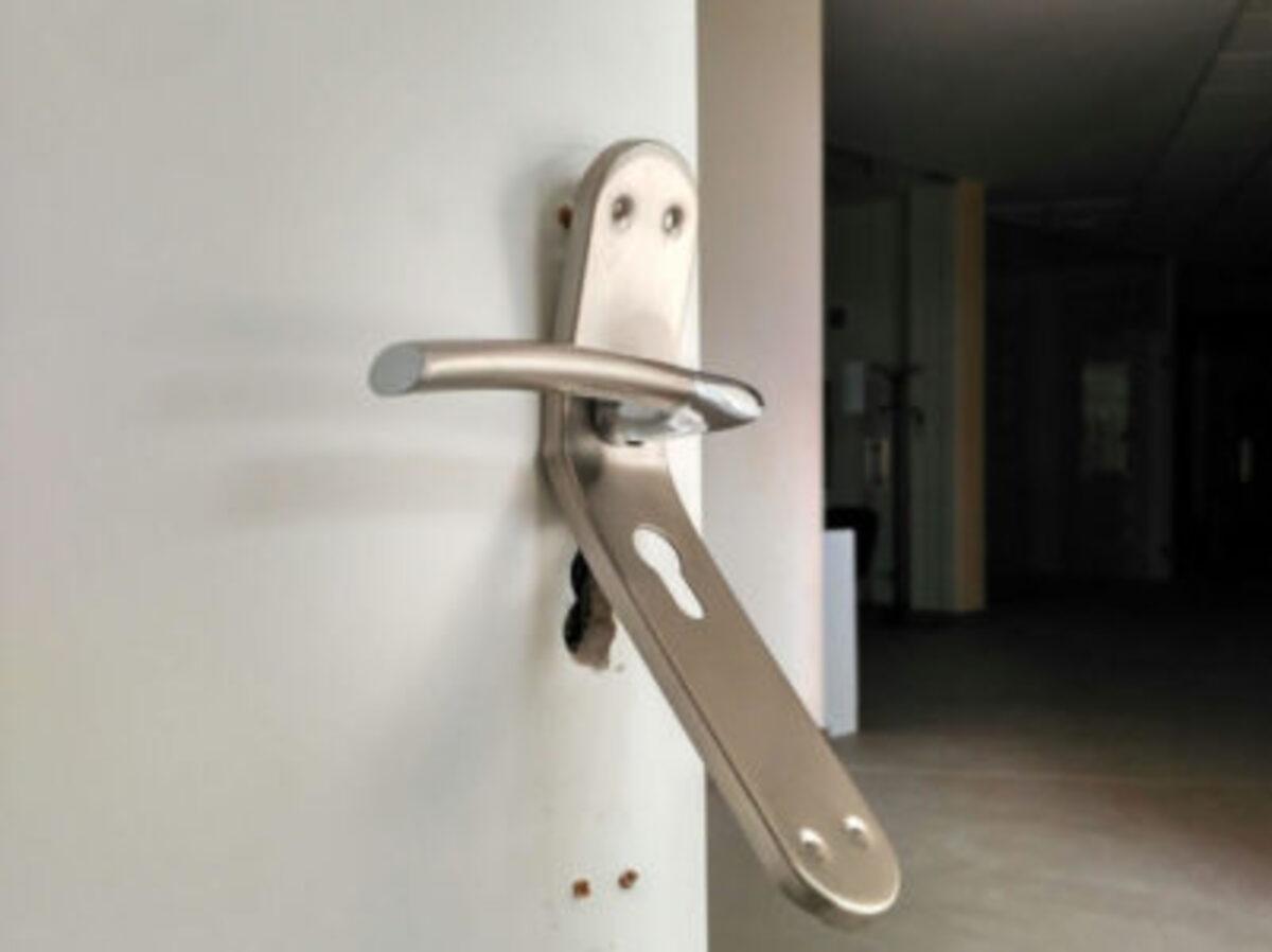 ginebrosa-robo-cerradura