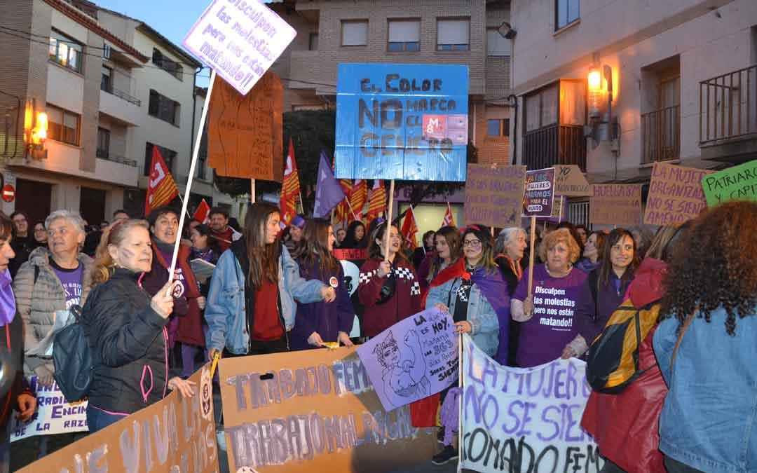 andorra-huelga-feminista-mujer