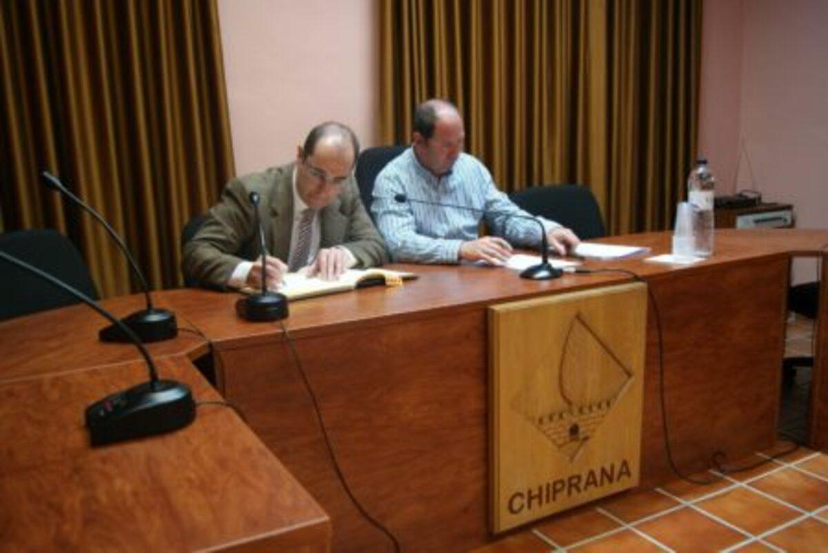 chiprana-fotovoltaicas-cobra-firma