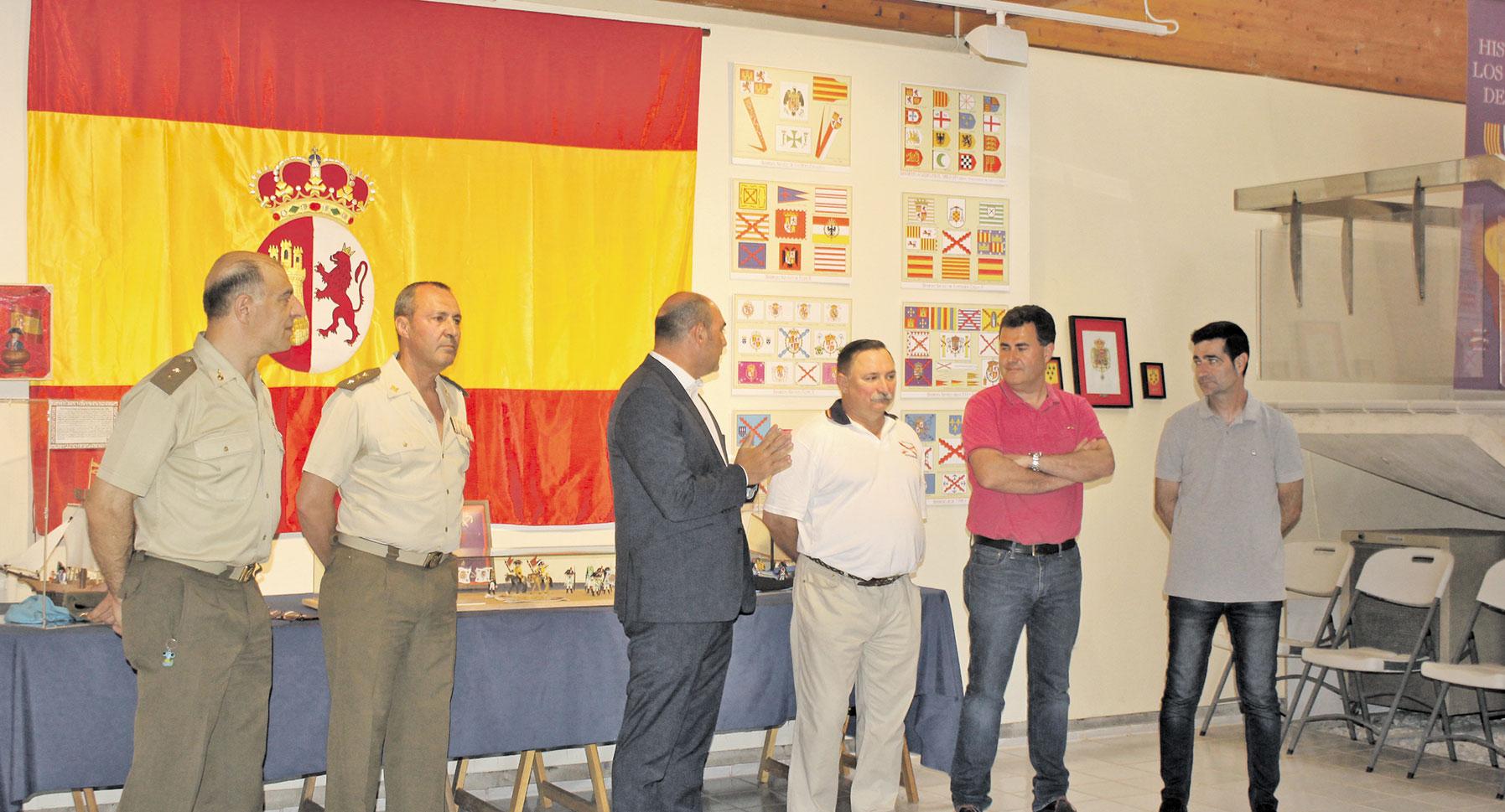 Alcaniz-Exposicion-banderas