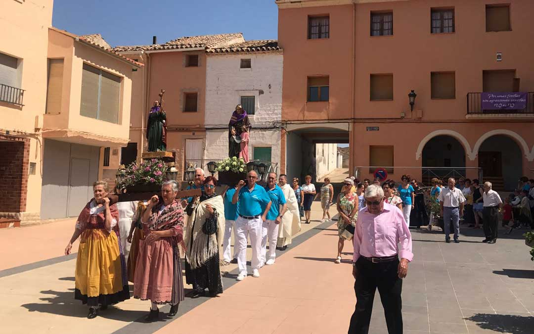 azaila-fiestas-procesion