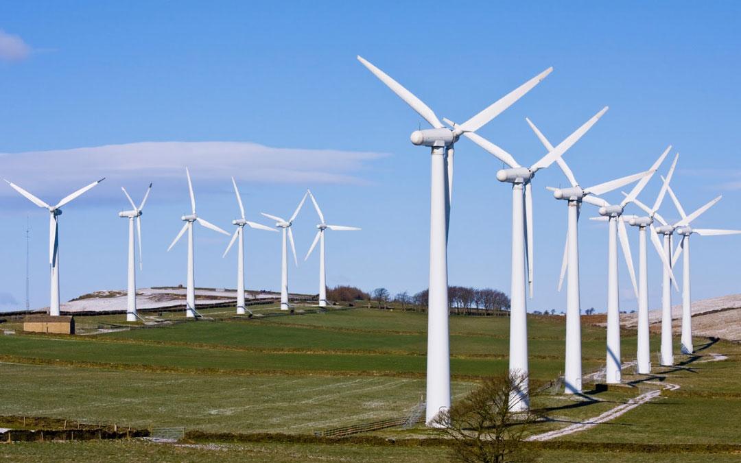 Vecinos de Mosqueruela se concentran a favor de los parques eólicos