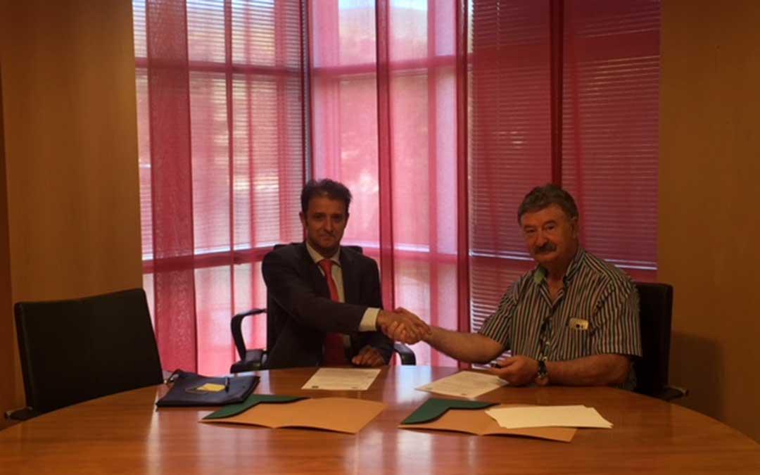 Firma-Convenio-Cuencas Mineras-Caja Rural
