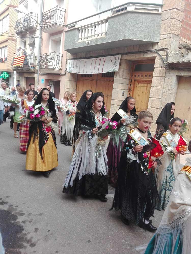 Ofrenda floral en Maella