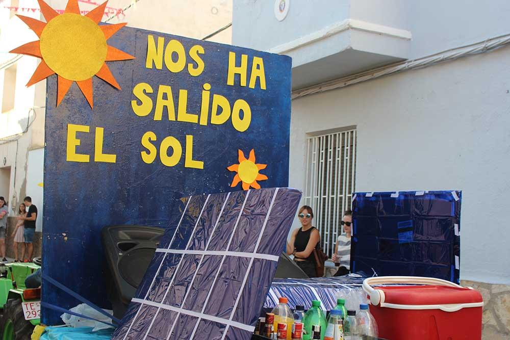 Carroza placas solares y sol