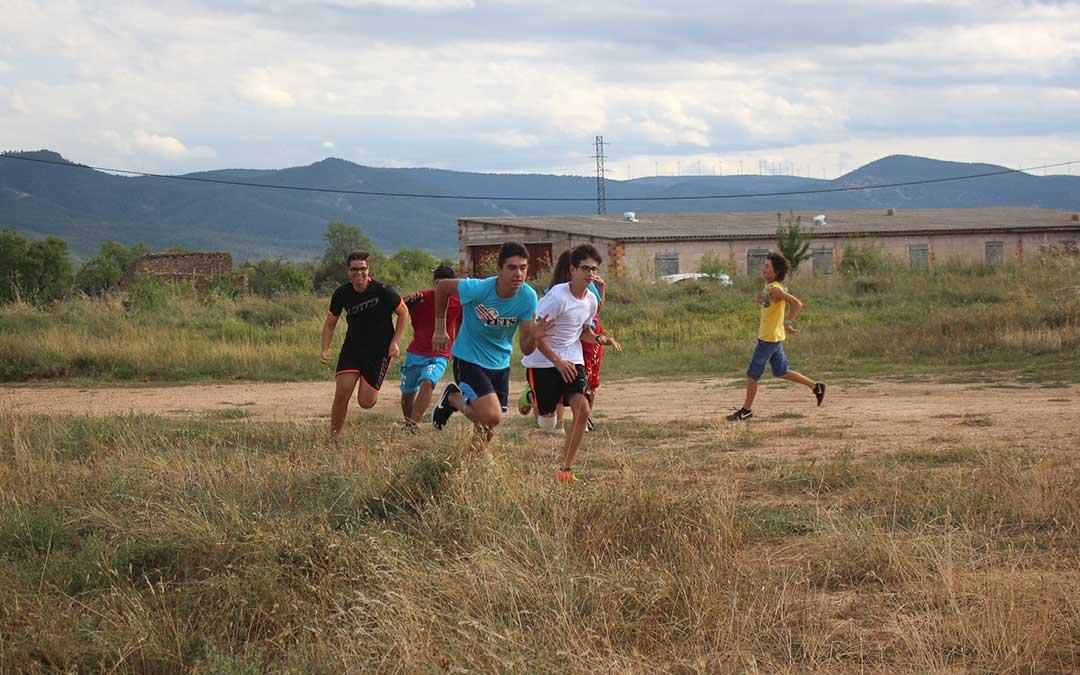Participantes en la categoria con edades comprendidas entre los 12 y los 16