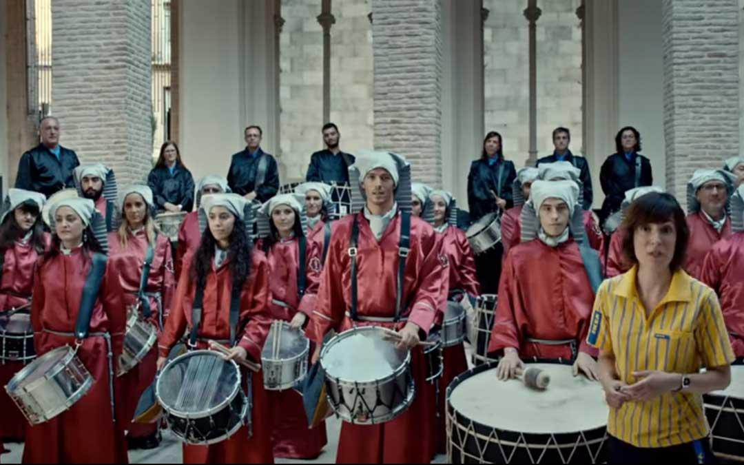 """Los tambores de la Oración en el Huerto de Teruel a los que se presenta como la """"ruta del tambor y bombo de Teruel"""""""