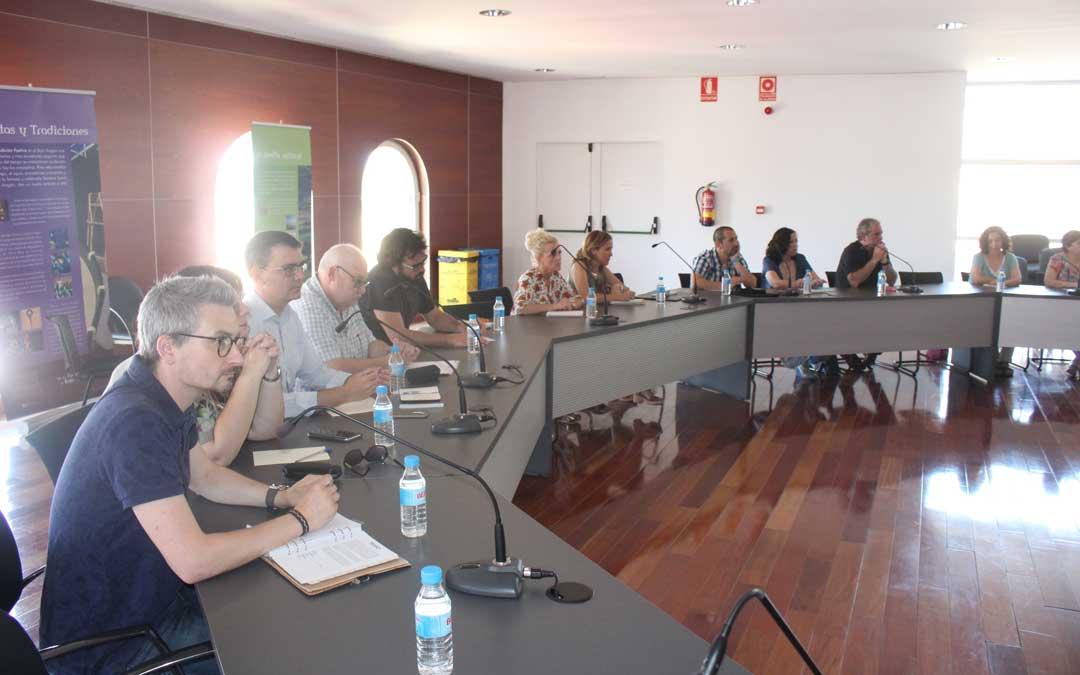 alcaniz comunidad educativa reunion mayte perez