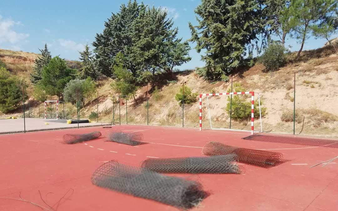 nuevo vallado colegio Alcorisa