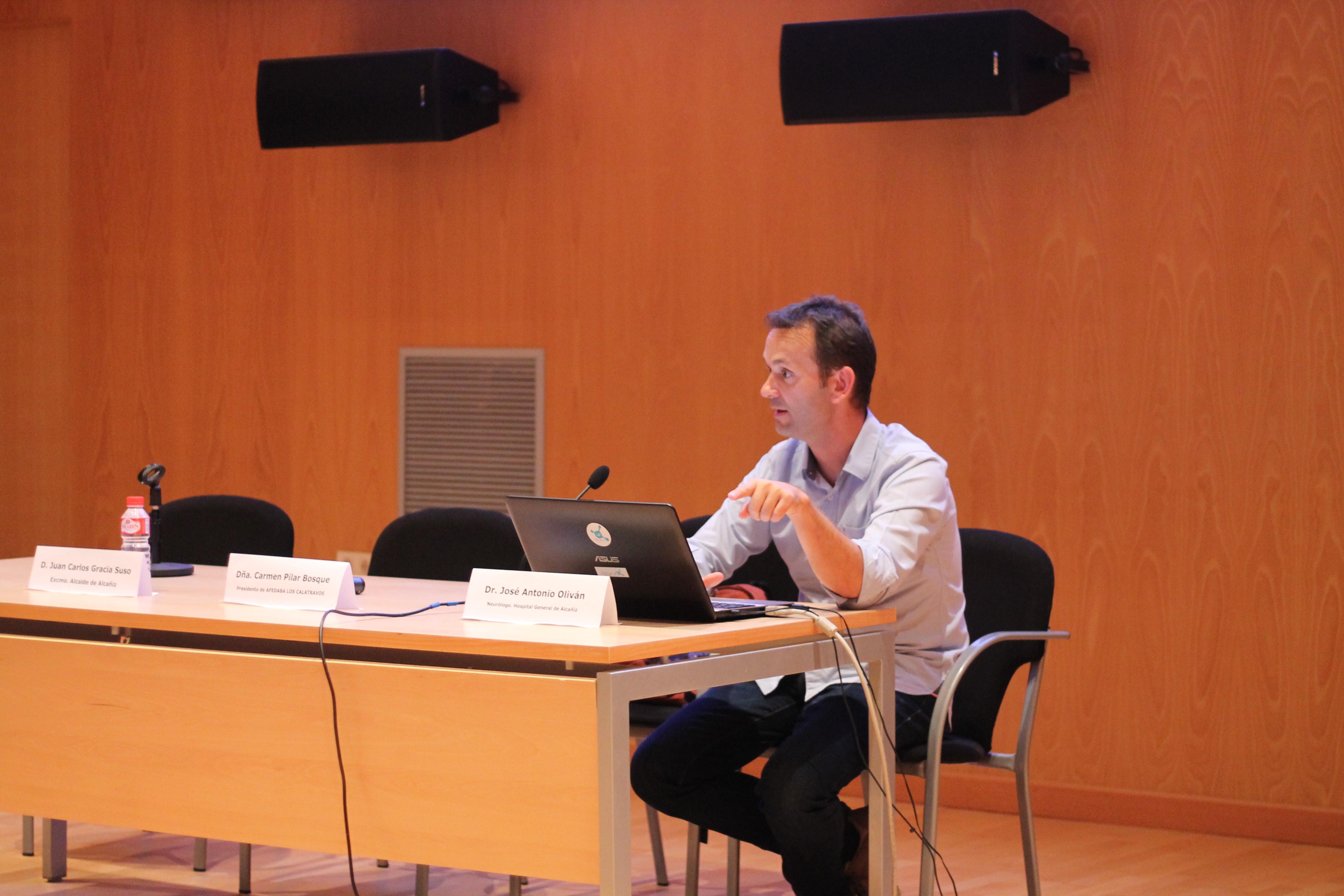 Iñigo Fernández, psicólogo y creador de la herramiento web Neuronap.