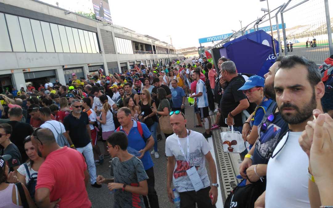 Final del pit lane walk ayer en el circuito