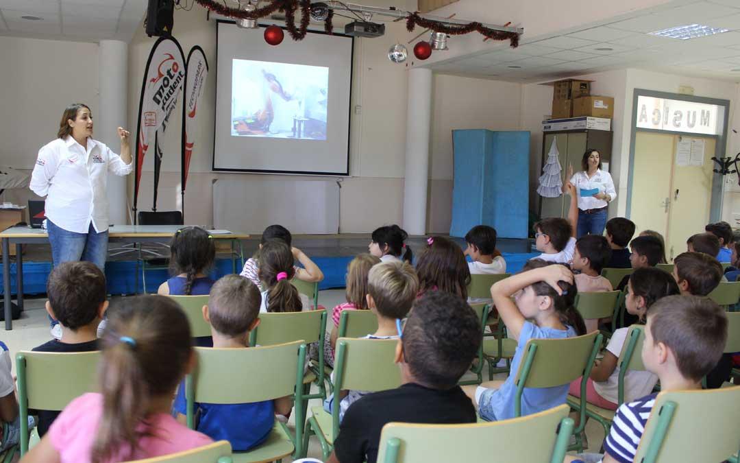 Charla en el colegio Juan Sobrarias