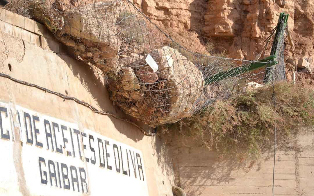 Roca que se ha quedado en la red