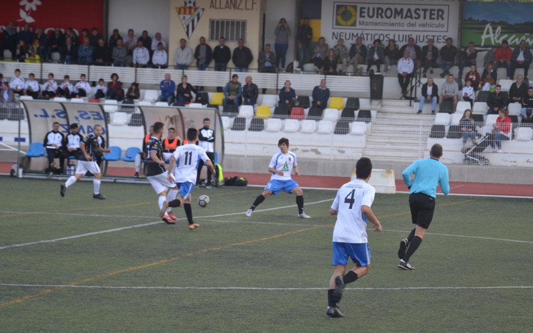 El Alcañiz goleó al Fuentes este domingo en la Ciudad Deportiva Santa María