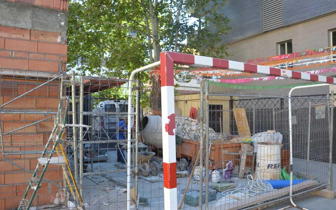 Las obras en el colegio Palmireno avanzan a buen ritmo. La cocina está anexa al actual comedor.