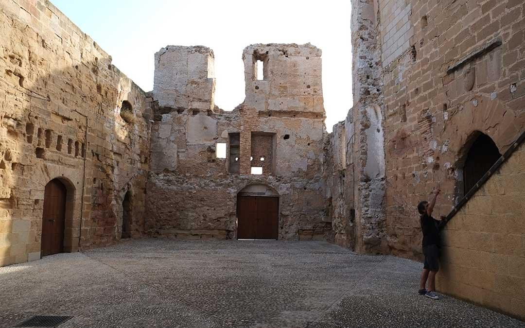 castillo-albalate-muro-islamico