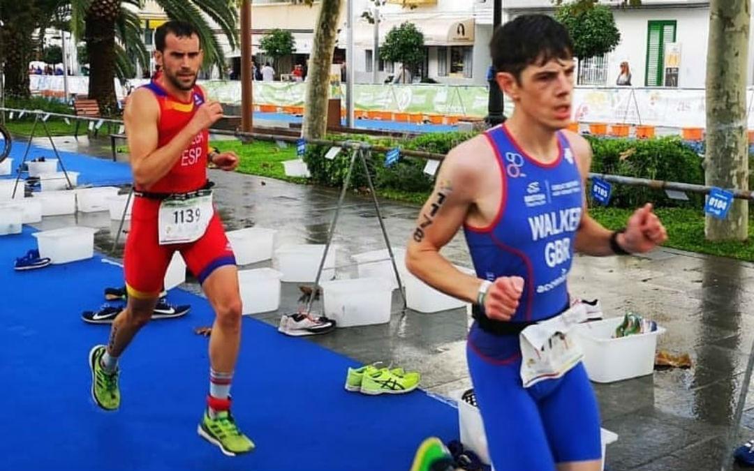 El corredor valderrobrense quedó tercero en el campeonato Multi sport