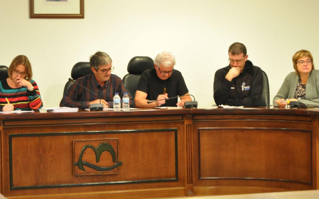 El pleno de la Comarca del Matarraña solicitará información para que las rutas lleguen hasta Valderrobres