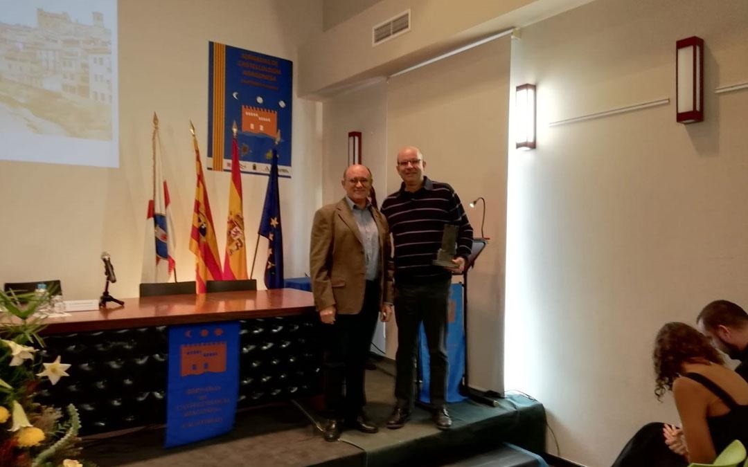 El Presidente de la Fundación Valderrobres Patrimonial, Joaquín Gil, recogió el galardónt en las Jornadas de Castellología