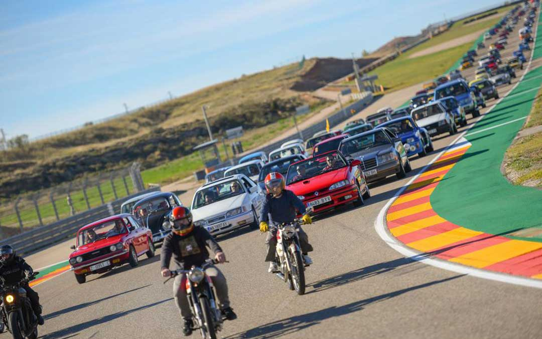 El Classic Parade despide todos los años el MotorLand Classic Festival. // Agency Sport Media