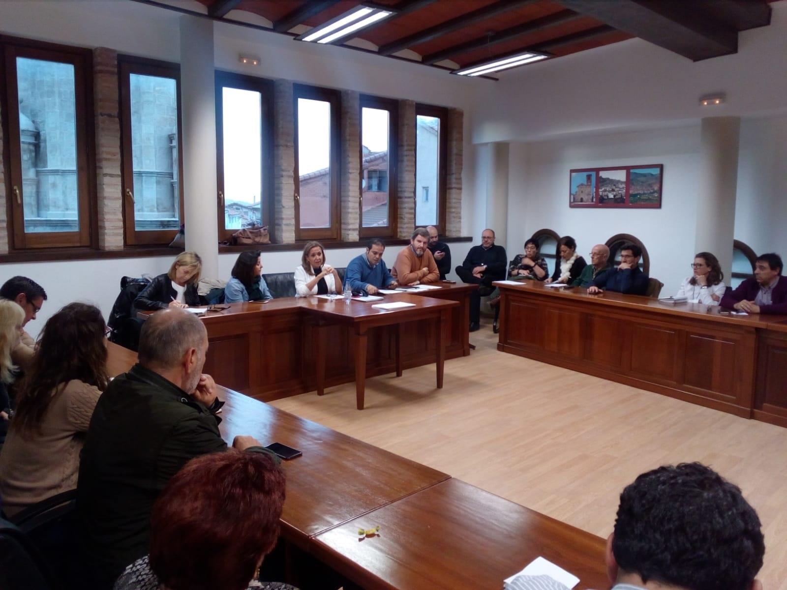 Reunión de la ejecutiva del PSOE turolense ayer en Andorra. psoe