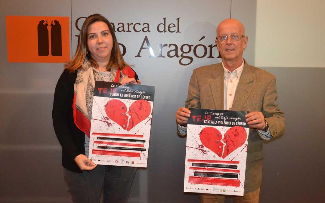 La consejera de Servicios Sociales, María Ariño; y el presidente, Manuel Ponz, este jueves