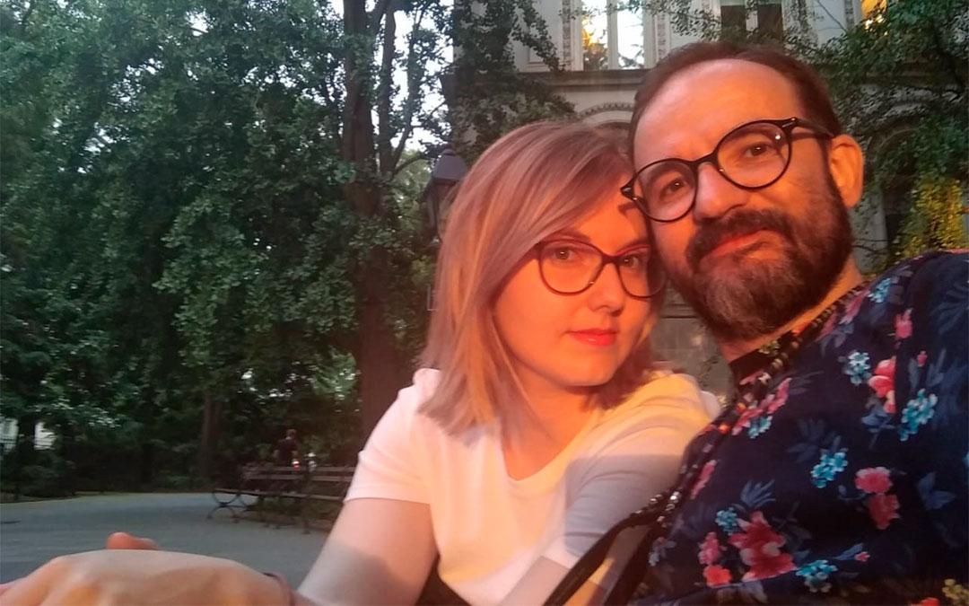 Michel Valles y su mujer
