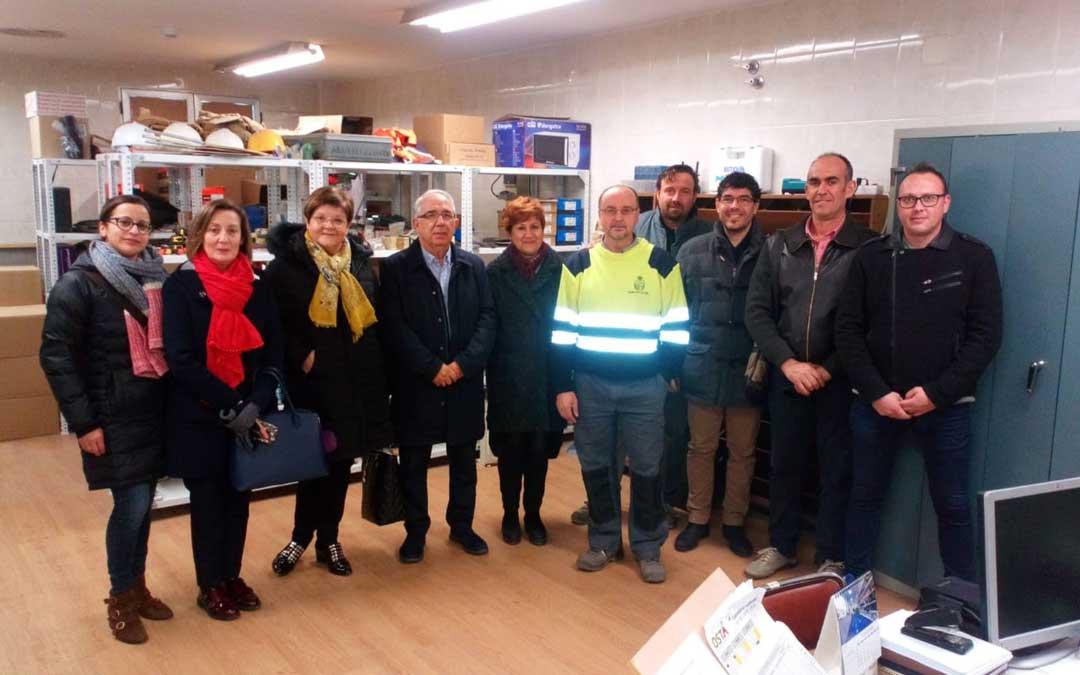 El alcalde y la corporación municipal inauguraron el nuevo almacén municipal