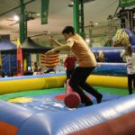 Los niños no pararon de saltar en toda la tarde