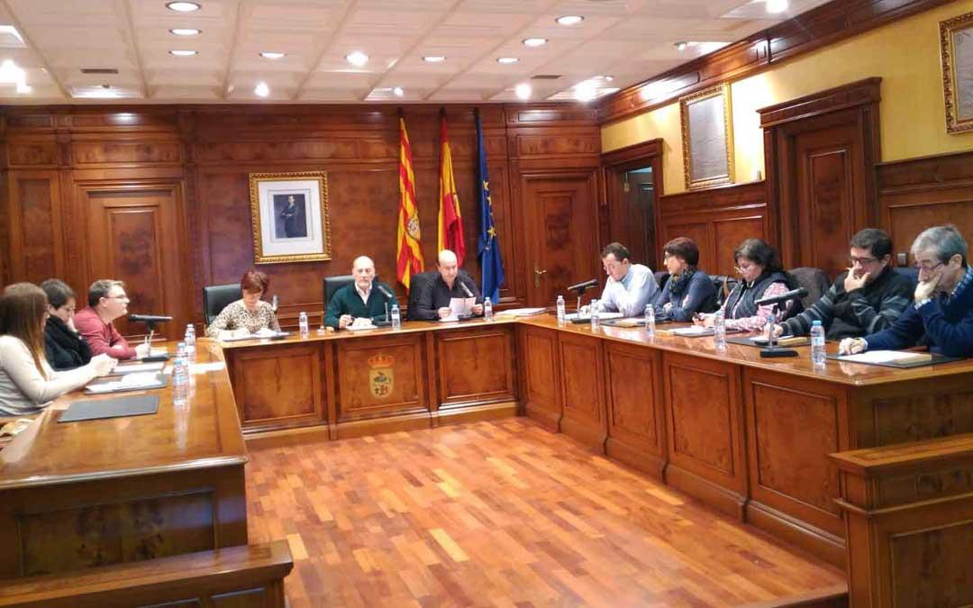 El pleno de Calanda dio este lunes el visto bueno por unanimidad a que el joven de nombre a la Casa de Cultura local. Foto: B. Severino