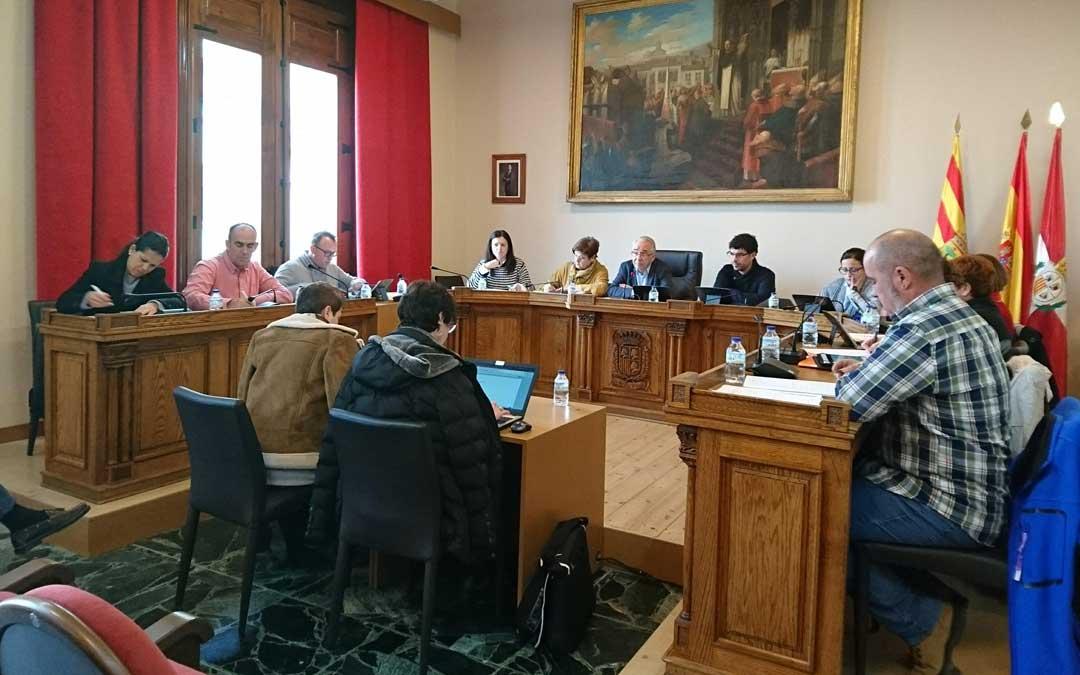 Imagen del último pleno del Ayuntamiento de Caspe.