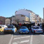 coches en la rotonda homenaje circuito guadalope
