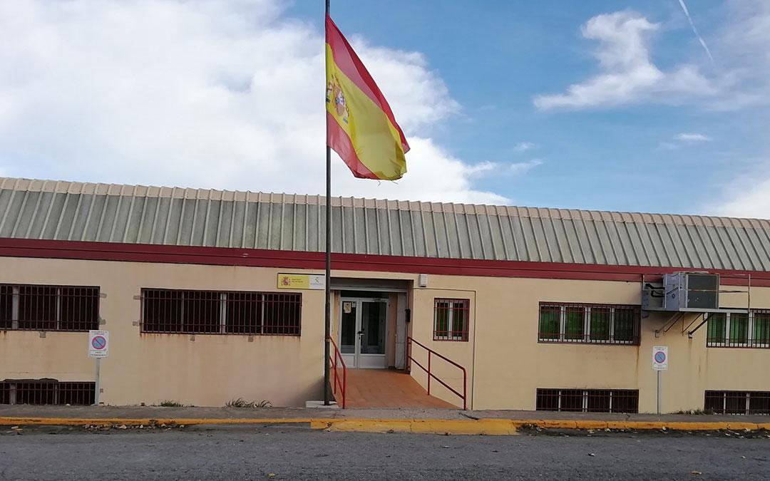 dependencias cuartel guardia civil utrillas