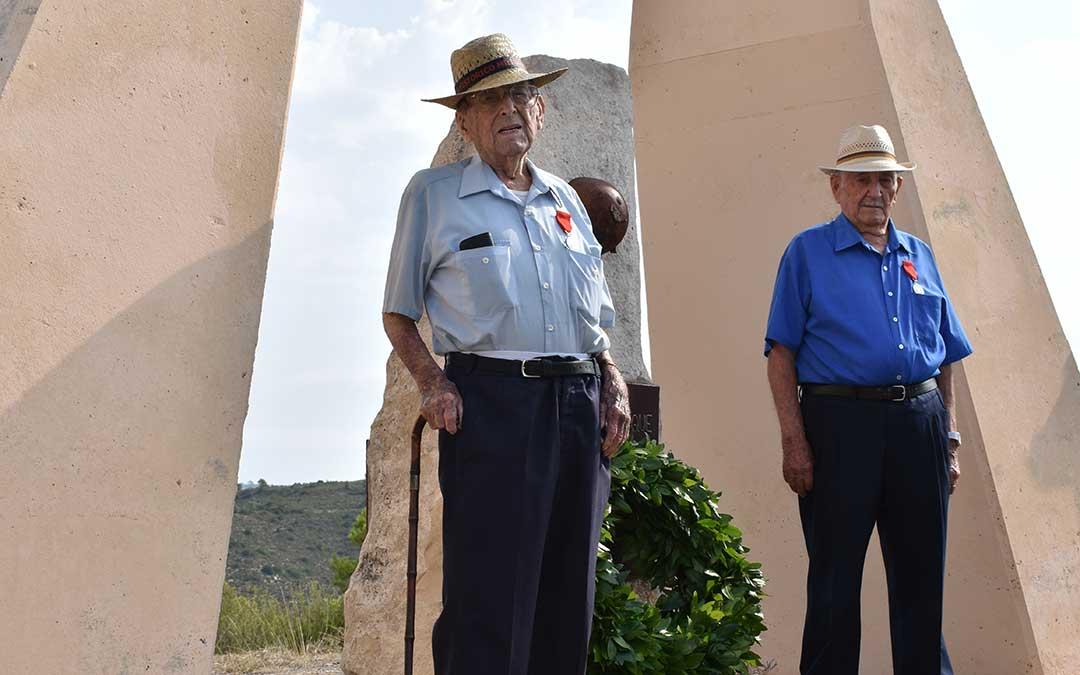 Germán Visús en su última aparición pública durante el Homenaje a los caídos en el 80 aniversario de la Batalla del Ebro, en el Monumento a los Auts cerca de Fayón.