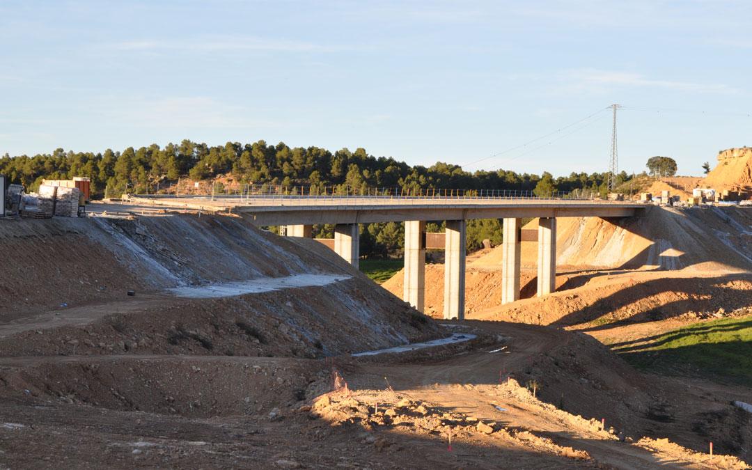 Fomento continúa trabajando en el viaducto de San Bernardo