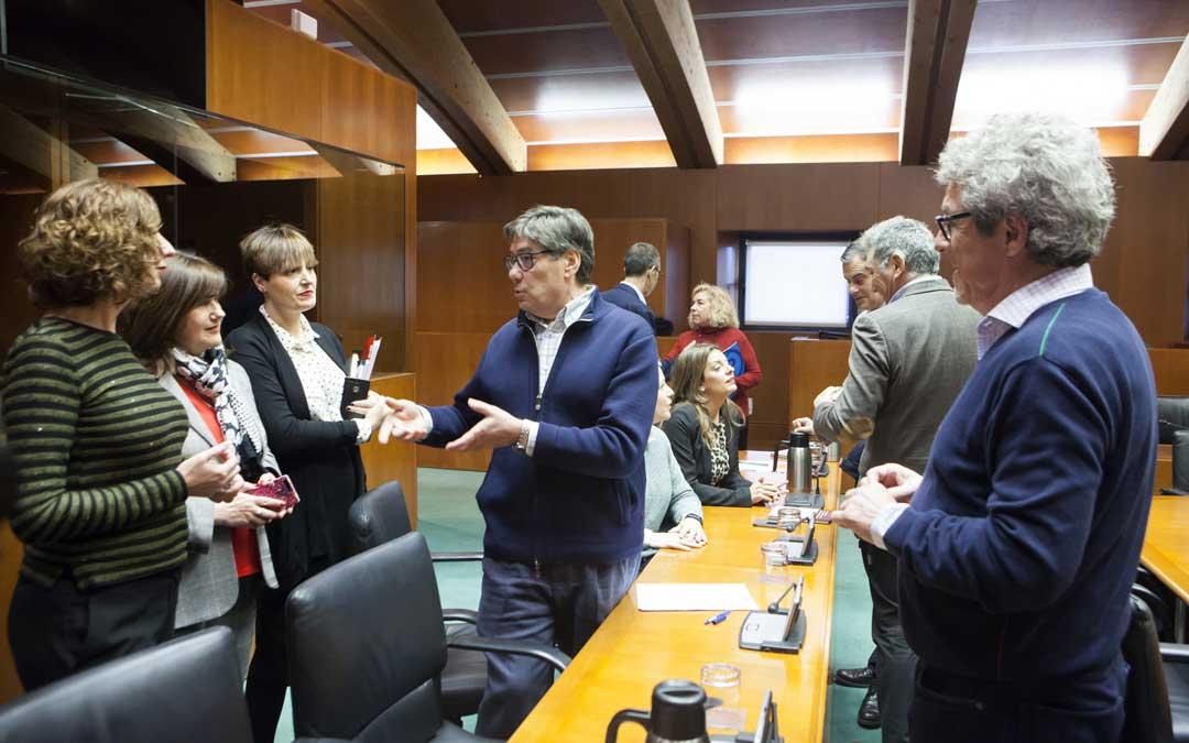 zaragoza cortes comision termica central andorra
