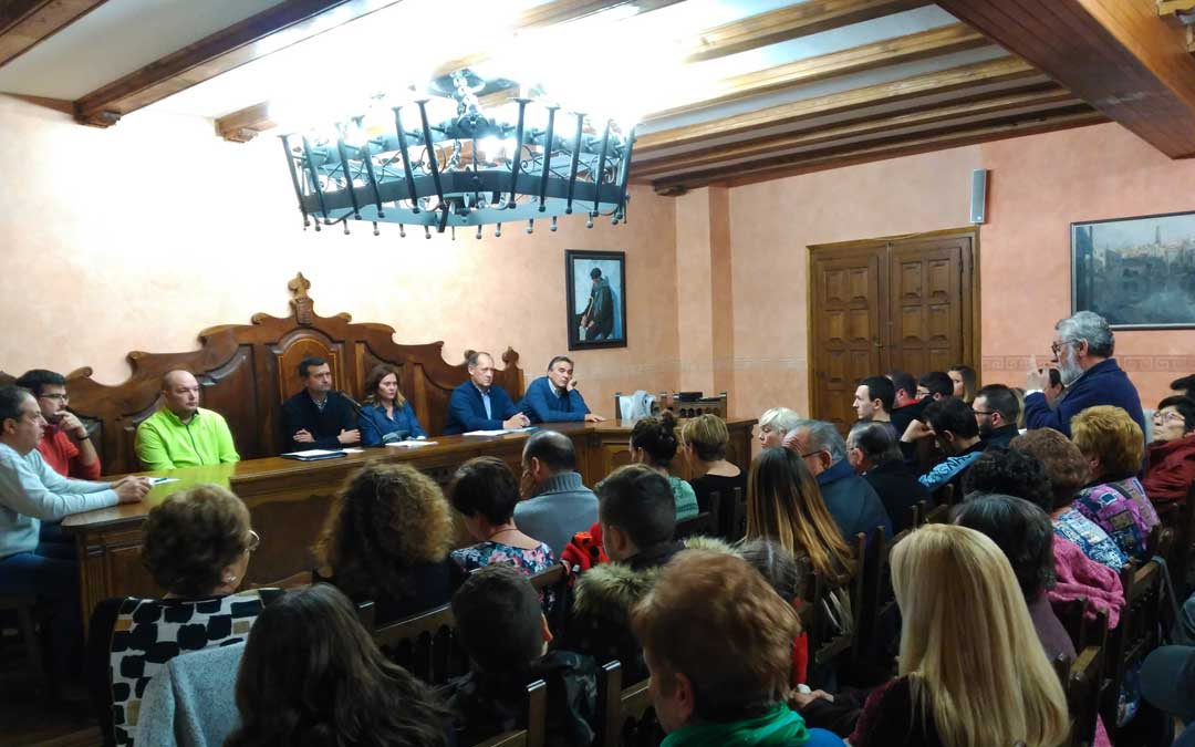 arino minas samca asamblea ayuntamiento vecinos